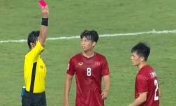 Xem lại tình huống khiến Trần Đình Trọng phải nhận thẻ đỏ ở phút 90+4