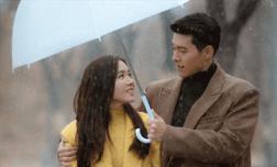 """Son Ye Jin và Hyun Bin sẽ sớm tái hợp khi """"Hạ cánh nơi anh"""" chuẩn bị có phần 2?"""