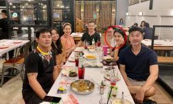 Tăng Thanh Hà hẹn hò riêng cùng hội bạn thân, lại chiếm hết spotlight vì mặt mộc quá đẹp