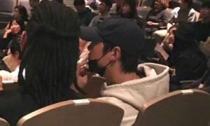 Song Joong Ki bị bắt gặp đi hẹn hò sau hơn 3 tháng ly hôn Song Hye Kyo
