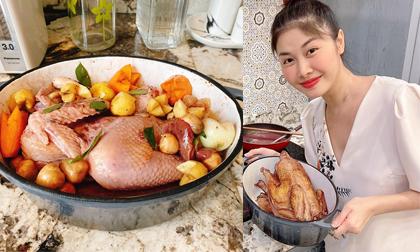 Bà xã Đăng Khôi gợi ý cách làm món gà hầm rượu vang đãi khách