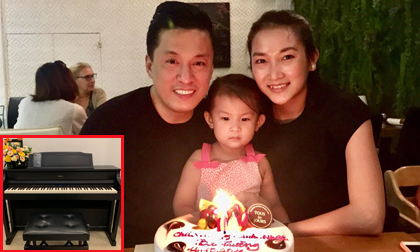 Lam Trường đón sinh nhật ấm áp, khoe món quà 'khủng' được người thân dành tặng