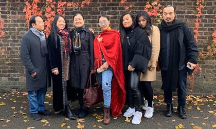 Đoan Trang cùng bố mẹ và các chị em trong nhà du lịch khám phá châu Âu
