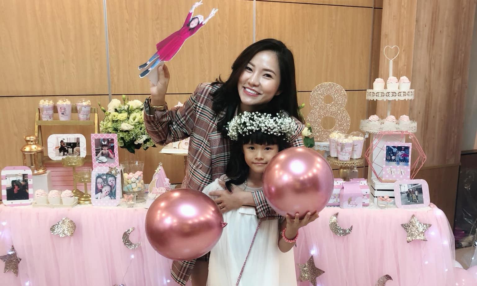 Lý Phương Châu tổ chức tiệc sinh nhật 'hồng toàn tập' cho con gái Kỳ Kỳ