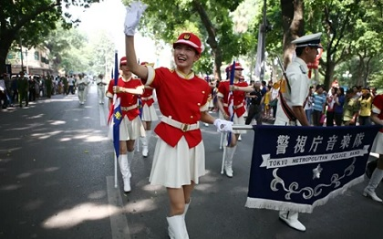 Nữ cảnh sát Nhật Bản tranh thủ bán dâm kiếm thêm thu nhập