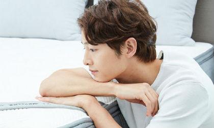 Hơn 4 tháng ly hôn Song Hye Kyo, Song Joong Ki tái xuất với diện mạo làm ai cũng phải giật mình