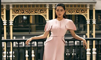 Thu đang đến, đông sắp về, Hoa hậu Lương Thùy Linh gợi ý trang phục 'đẹp mê hồn'