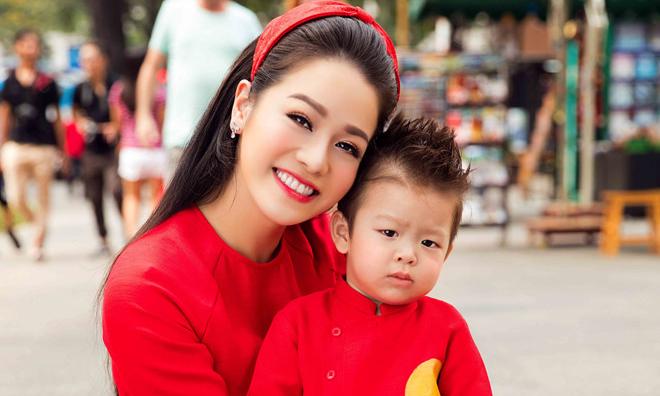 Nhật Kim Anh lại tiếp tục van xin chồng cũ cho gặp con
