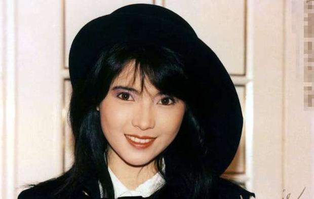 Nhìn lại nhan sắc khuynh đảo một thời của ngọc nữ hồng nhan bạc mệnh Lam Khiết Anh, mỹ nhân đẹp nhất Hong Kong là đây 5