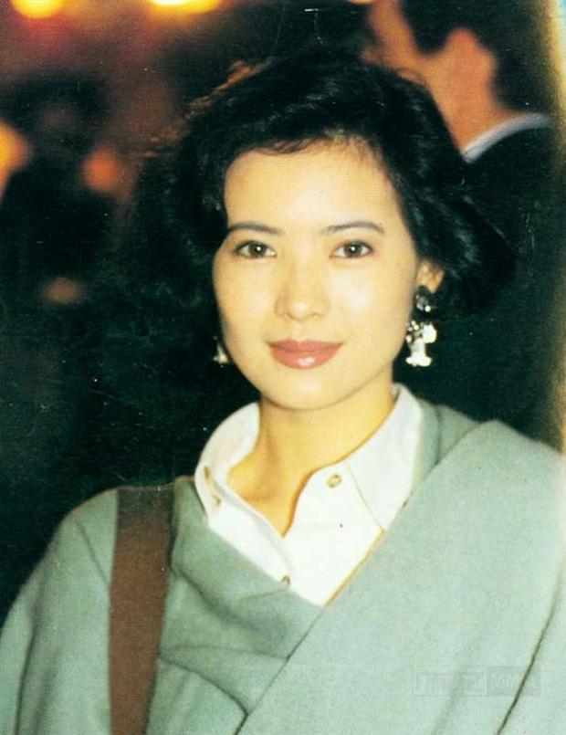 Nhìn lại nhan sắc khuynh đảo một thời của ngọc nữ hồng nhan bạc mệnh Lam Khiết Anh, mỹ nhân đẹp nhất Hong Kong là đây 7