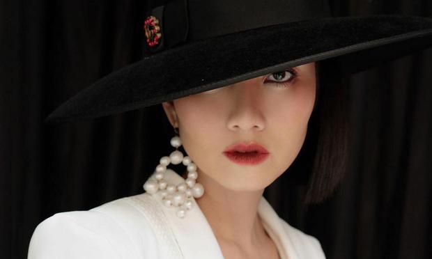 Ngọc Lan gỡ bỏ avatar và ảnh bìa hạnh phúc bên Thanh Bình sau tuyên bố ly hôn