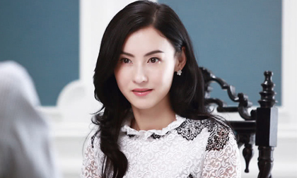 Trương Bá Chi chung sống với người tình bí mật sau sinh con