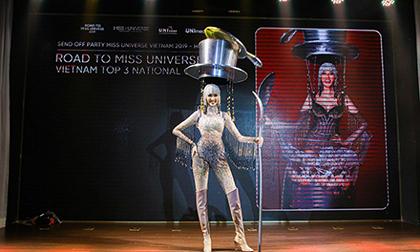 Mặc kệ cộng đồng mạng chê, Hoàng Thuỳ vẫn chọn 'Cà Phê' là Quốc phục để thi Miss Universe 2019