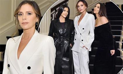 Victoria Beckham gặp chị em cô Kim trong sự kiện, màn đọ sắc cực hiếm giữa style thanh lịch và sexy chính thức nổ ra