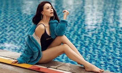 Không ngại thời tiết vào đông, Trà Ngọc Hằng diện bikini siêu nóng bỏng