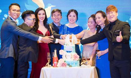 Ca sĩ Huyền Sâm khiến Gala NetViet International hết bất ngờ này đến bất ngờ khác