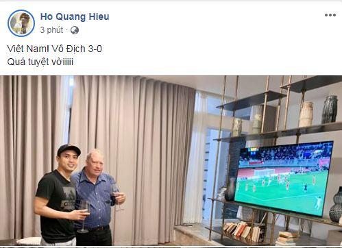 sao Việt ăn mừng Việt Nam đạt huy chương vàng 17