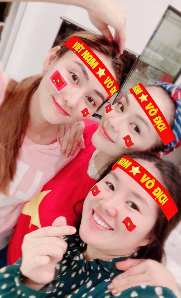 sao Việt ăn mừng Việt Nam đạt huy chương vàng 20