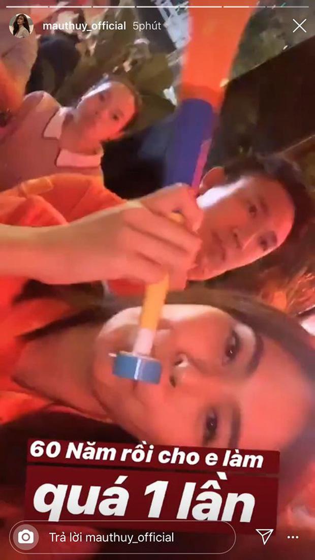 sao Việt ăn mừng Việt Nam đạt huy chương vàng 23