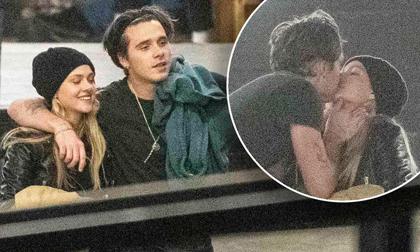 Nhập nhằng với cả tá bạn gái tin đồn, Brooklyn Beckham chỉ tình tứ hôn mỹ nhân ''Transformers'' nóng bỏng