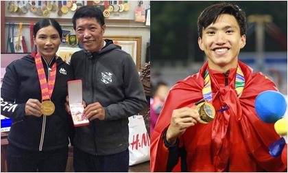 Đoàn Văn Hậu tặng quà đặc biệt cho bố mẹ sau khi vô địch SEA Games cùng U22 Việt Nam