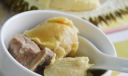 Cách làm món soup gà sầu riêng ngon quên sầu