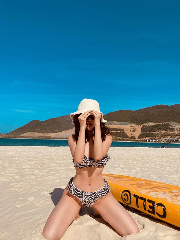 si-thanh-bikini12-ngoisao.vn-w600-h800 5