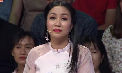 Ốc Thanh Vân nghẹn ngào chia sẻ từng ăn cơm chan nước mắt vào ngày Tết