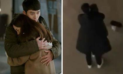 'Hạ cánh nơi anh' không phát sóng dịp Tết nhưng bù lại fan được ngắm cảnh ôm từ phía sau cực lãng mạn của Son Ye Jin và Hyun Bin