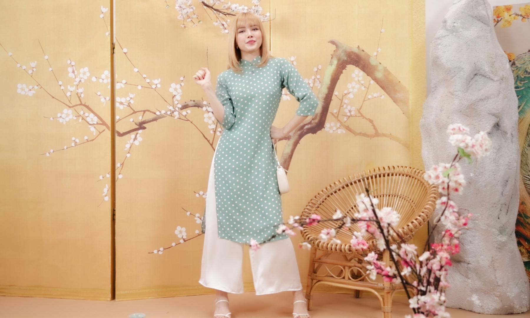 Thiều Bảo Trâm khoe da trắng dáng xinh, gợi ý outfit sang xịn chúc Tết họ hàng đúng chuẩn 100 điểm