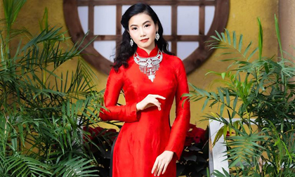 Diễn viên 'Hoa hồng trên ngực trái' Lương Giang dịu dàng diện áo dài đỏ vào dịp Tết đến Xuân về
