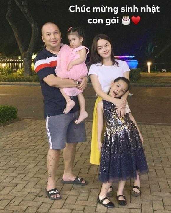 Phạm Quỳnh Anh chia tay hai con gái 3