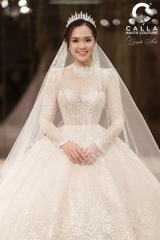 NTK Phương Linh, sao Việt