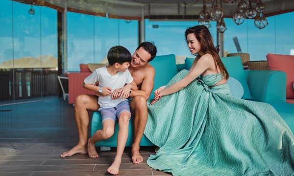 Ba năm yêu nhau của Hà Hồ - Kim Lý: Tình yêu giúp nữ hoàng thị phi trở thành người đàn bà đẹp