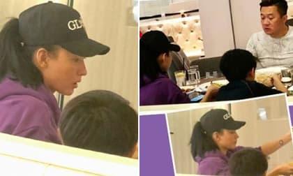 Trương Bá Chi đưa con trai đi ăn cùng một người đàn ông trung niên bí ẩn, cử chỉ trông giống như một gia đình