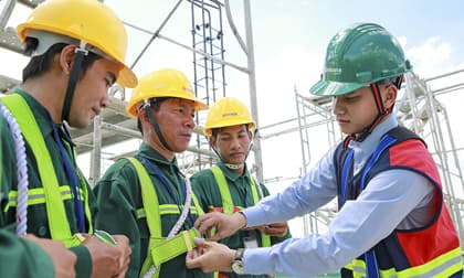 Thiết bị bảo hộ lao động - an toàn cùng người lao động trên mọi công trình
