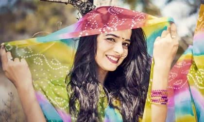 Nữ diễn viên Ấn Độ treo cổ tự tử ở tuổi 25