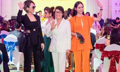 """Hồ Nguyễn Kim Sỹ với màn trình diễn BST tháng 6 mang tên """"Yourself - Lời khẳng định chính bạn"""" tại Women Startup Forum"""