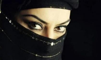Trắc nghiệm tâm lý: Người đàn ông đeo mặt nạ nào sau đây là nam giới? Kiểm tra tương lai bạn sẽ dựa vào gì để kiếm sống!