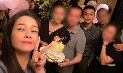 Nhật Kim Anh và Titi (HKT) xuất hiện chung sau tin đồn hẹn hò, nhưng sao lại đứng cách xa nhau thế này?