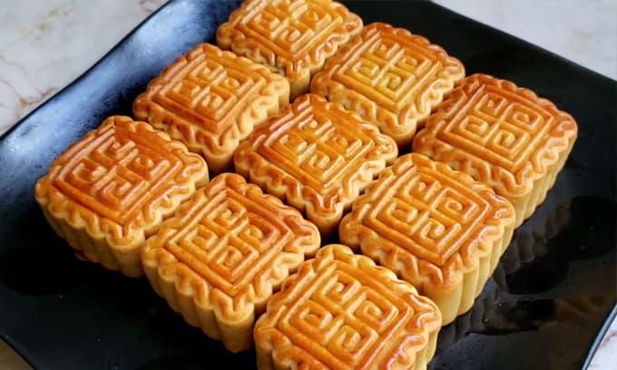 Hướng dẫn cách làm bánh trung thu nhân hạt dẻ, vừa mềm, vừa ngọt lại sạch sẽ và hợp vệ sinh, ăn xong muốn ăn nữa