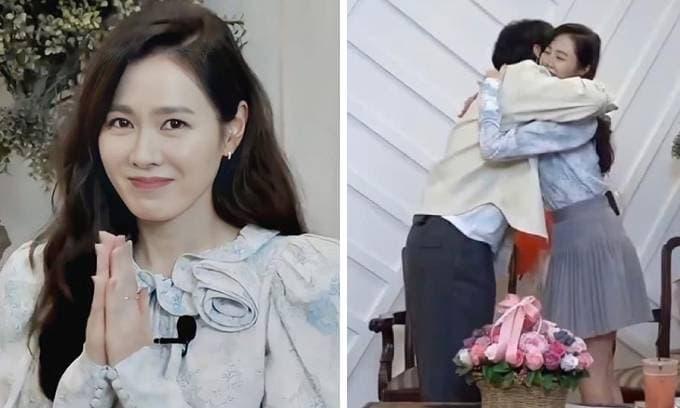Son Ye Jin công khai ôm ấp 'cấp dưới' của Hyun Bin, chuyện gì đang xảy ra?
