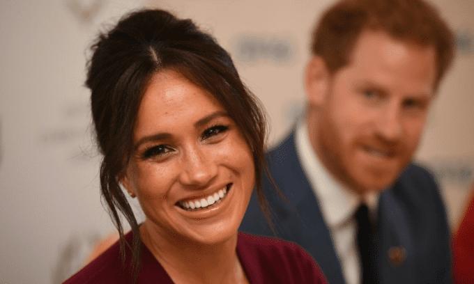 Vợ Hoàng tử Harry - Meghan Markle bị 'ném đá' vì thiếu chuyên môn, nhưng lại tham gia phát biểu về công nghệ