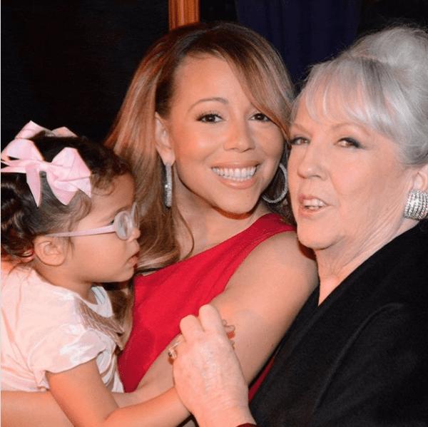 Mariah Carey tiết lộ từng bị chị gái chuốc thuốc và suýt bán cho nhà thổ 5