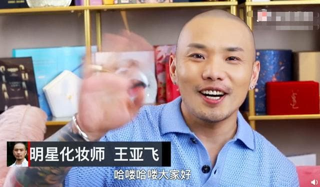 Stylist của Triệu Lệ Dĩnh gây tranh cãi khi tâng bốc Dương Mịch, phản bội 'sếp' khi ấn like bài viết hạ bệ trên MXH? 4