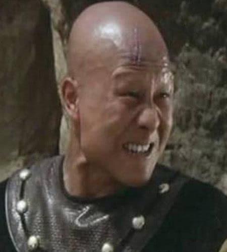 Được mệnh danh là nhân vật phản diện cấp 'bảo vật quốc gia', anh kết hôn với cô gái xinh đẹp nhất trong 'Hoàn Châu cách cách' 2