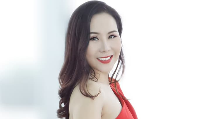 Người đẹp tài sắc Kim Chi: Bí quyết luôn trẻ đẹp và hạnh phúc rạng ngời trong cuộc sống