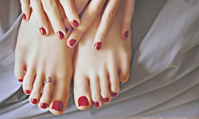 Tướng chân của người phụ nữ may mắn, đi đến đâu cũng được quý nhân nâng bước, tài lộc vượng phát