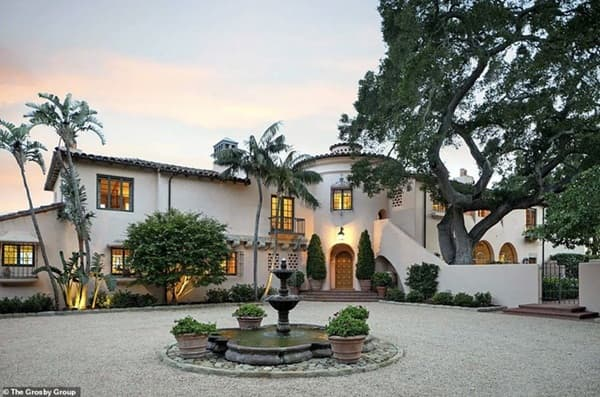 Orlando Bloom và Katy Perry tậu biệt thự mới gần 330 tỷ đồng, trở thành hàng xóm nhà Meghan Markle 1