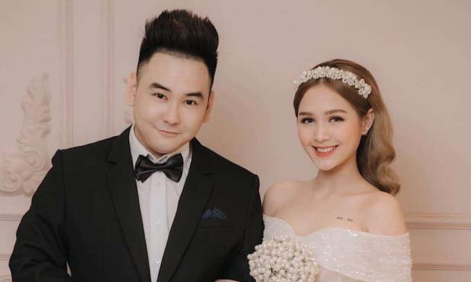 'Streamer giàu nhất Việt Nam' chốt ngày cưới bạn gái hot girl khi cô nàng đủ 18 tuổi